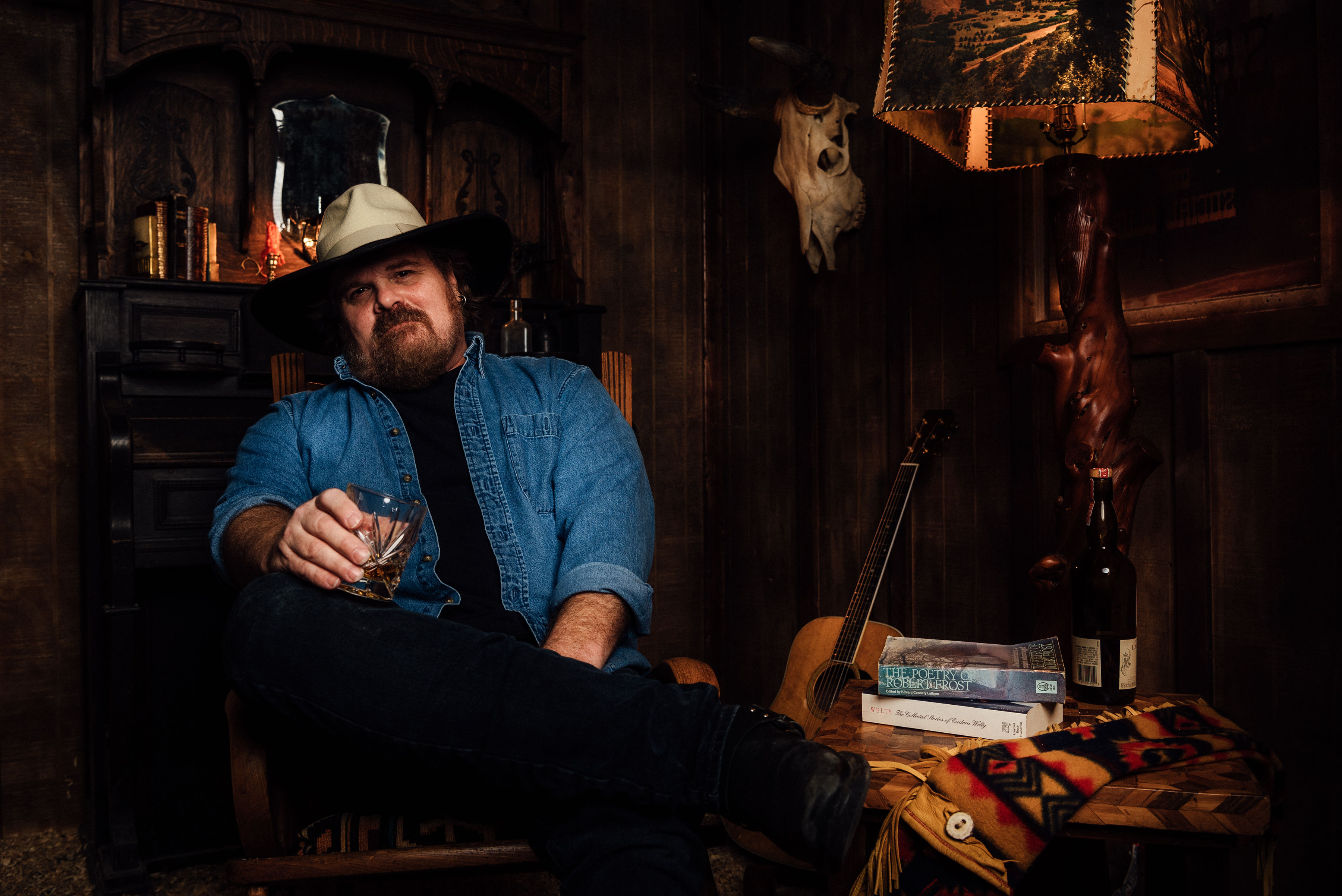 Nashville singer-songwriter, Mark Elliott releases The Sons of Starmount a book about childhood innocence and adventure